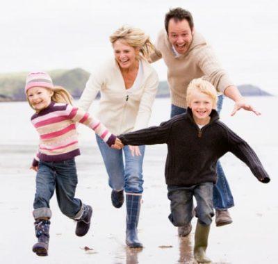 Happy-Family-iStock_000011296213Small-e1458987537321